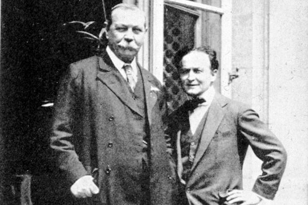 Houdini-Doyle